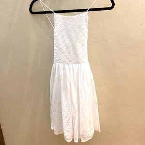 Girls Lace Dress-100% cotton gorgeous white dress